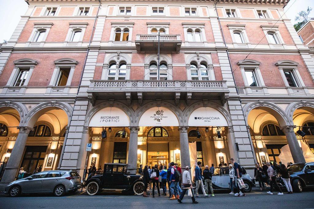 I Portici Hotel di Bologna si amplia  all'insegna del comfort, dell'innovazione e del lusso moderno