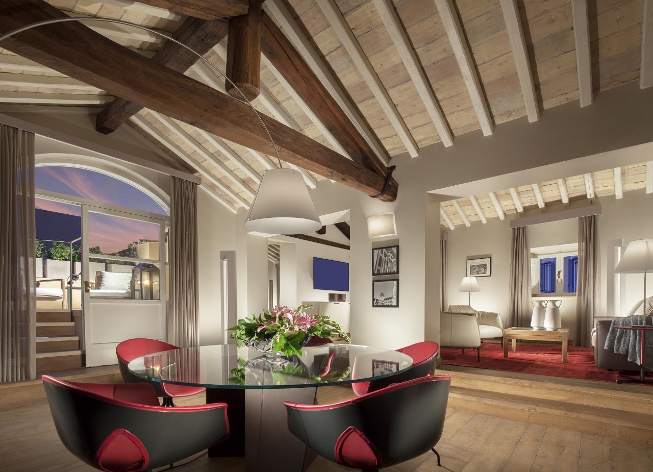 Vacanze principesche a Roma: la magia di Palazzo Scanderbeg