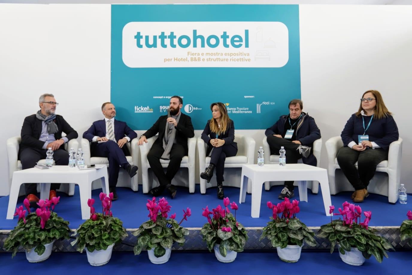 Inaugurata a Napoli Tuttohotel, fiera e mostra espositiva per hotel e ricettività
