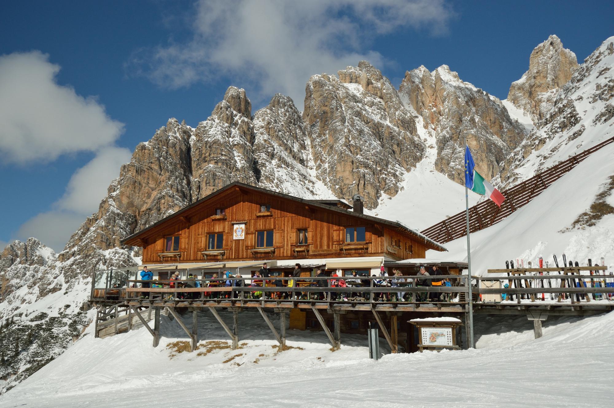 Montagna: il traffico aereo a Natale conferma la varietà dell'offerta italiana