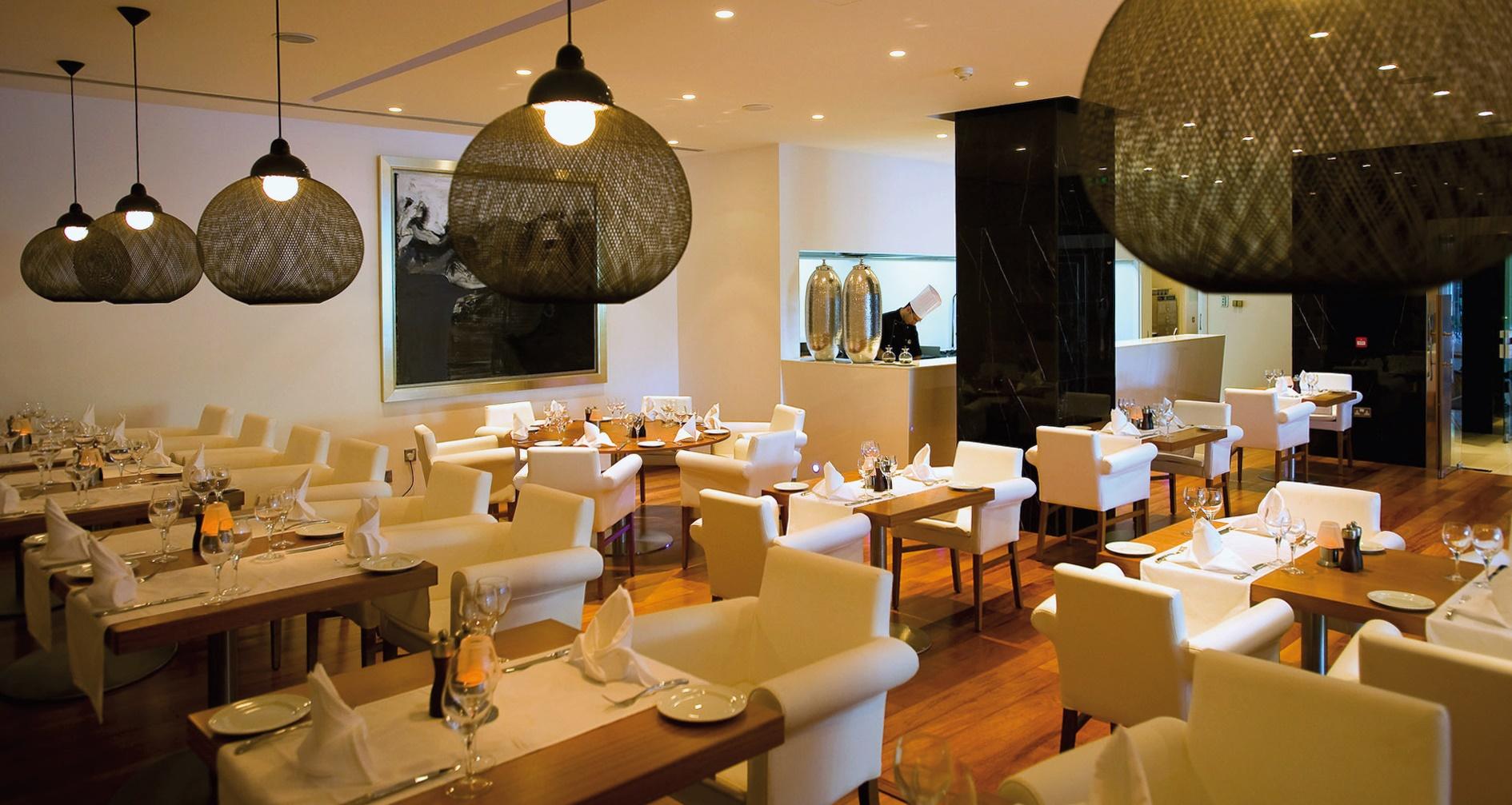 Dalla ristorazione d'albergo alla ristorazione in Albergo. La commodity diviene asset strategico