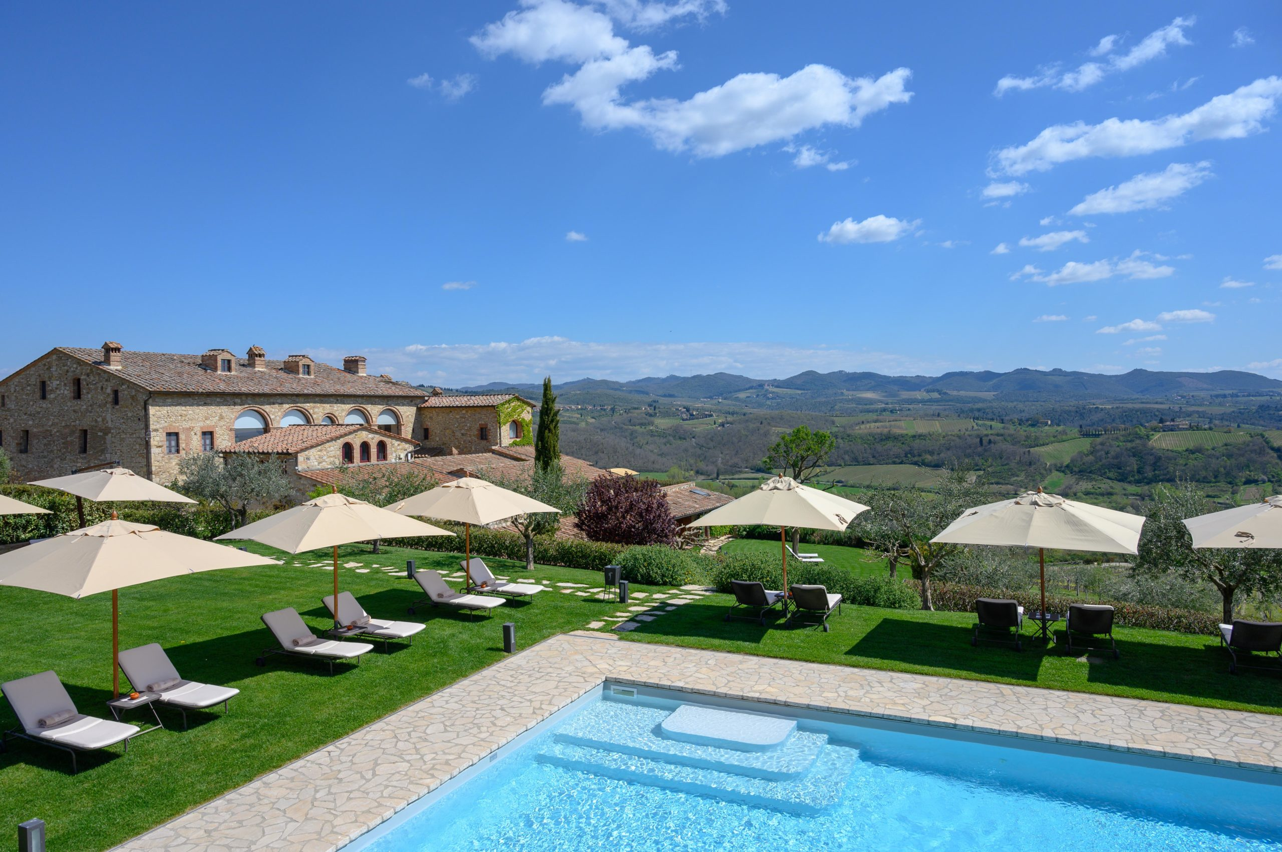 Un'oasi di Pace e bellezza tra le colline del Chianti, l'Hotel Le Fontanelle